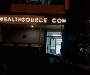 Wealthsource 3D Illuminated halolit signage